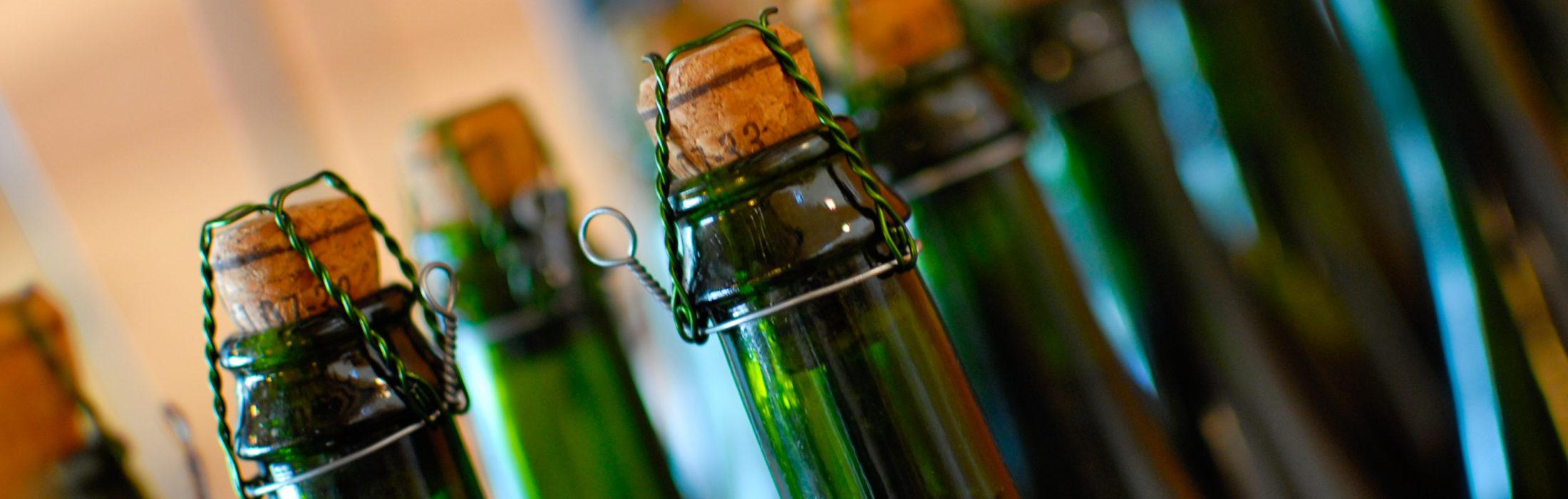 Produit renommé de notre gastronomie : L'Andouille de Vire    Ce produit de qualité est le fleuron de la gastronomie du Pays de Vire. Pour obtenir plus 1